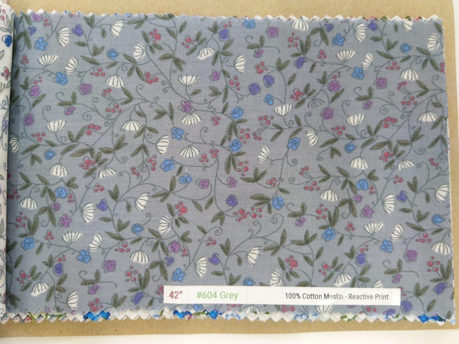 "6098 Cotton Muslin 42"" - Flower Print #604 Grey"