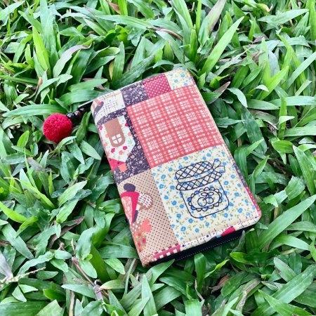 กระเป๋าเงินซิปรอบ (เล็ก) No.125 **แถมพิเศษ พู่ห้อยซิป (คละสี)