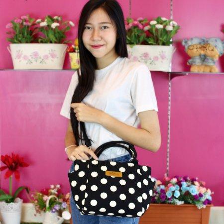 กระเป๋าจูดี้-กระเช้า (สีดำจุดขาวใหญ่) no.94